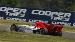 Cooper принимает участие в закрытии второго сезона гонок A1GP