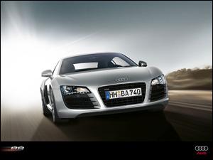 Шины Pirelli  P Zero выбраны в качестве первичной комплектации для Audi R8