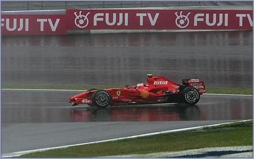 Ferrari стала жертвой шинных интриг