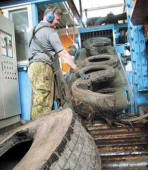 Дороги Бердска могут спасти старые шины