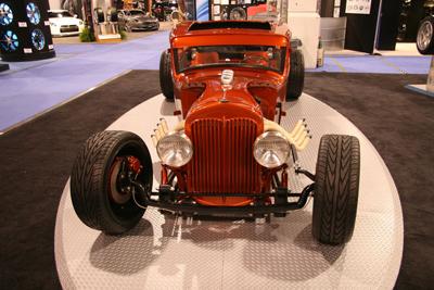 Компания Toyo Tires представила тюнингованный Studebaker