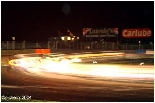 Dunlop будет участвовать в самых длинных гонках Великобритании