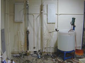 тестовая лаборатория по фильтрации воды из измельченного каучука, профессора Yuefeng Xie
