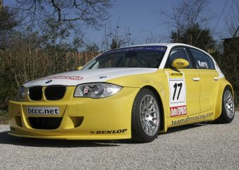Дизельный автомобиль BMW 1 Series участвует в чемпионате  Dunlop MSA